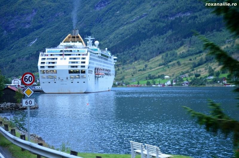 Norvegia_regatul_apei_galerie_5.jpg