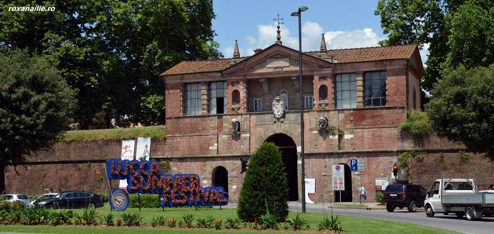 Cetatea Lucca așteapta cu flori Summer Festival