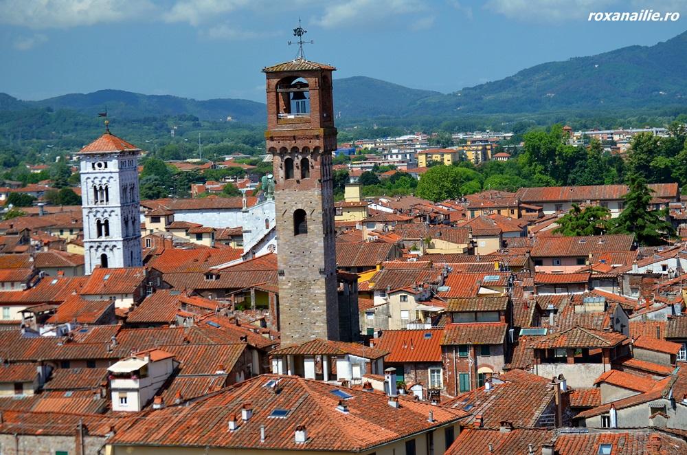 Panorama orasului Lucca din Torre Guinigi