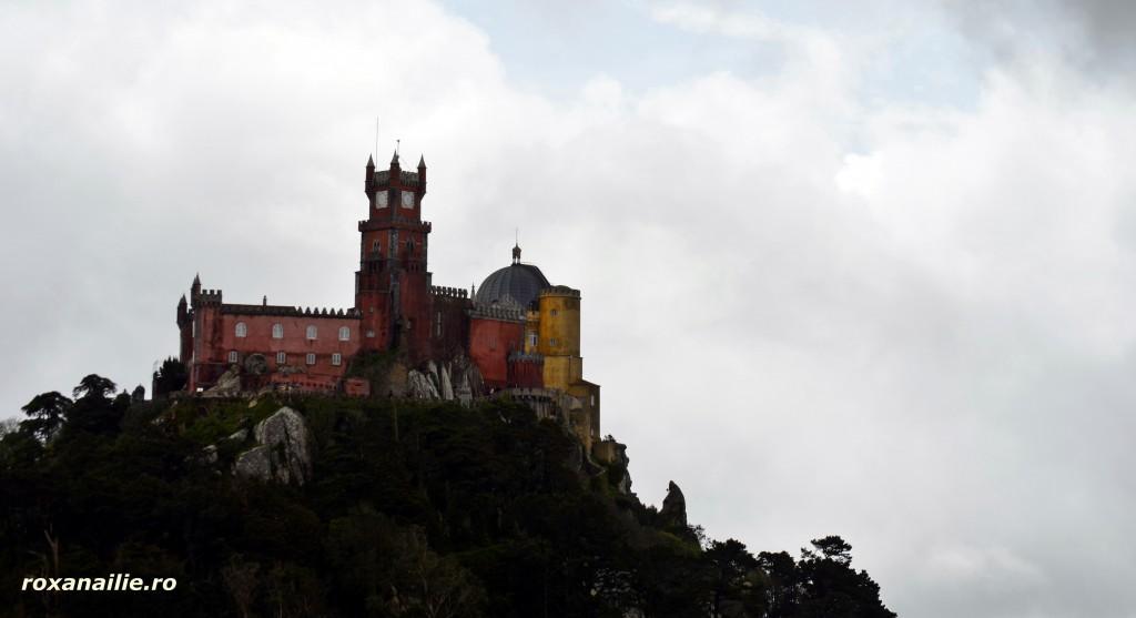 Castelul Pena – un regal al culorilor