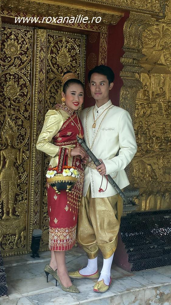 Cine vrea să meargă la o nuntă laoțiană? În minunile astea de temple...