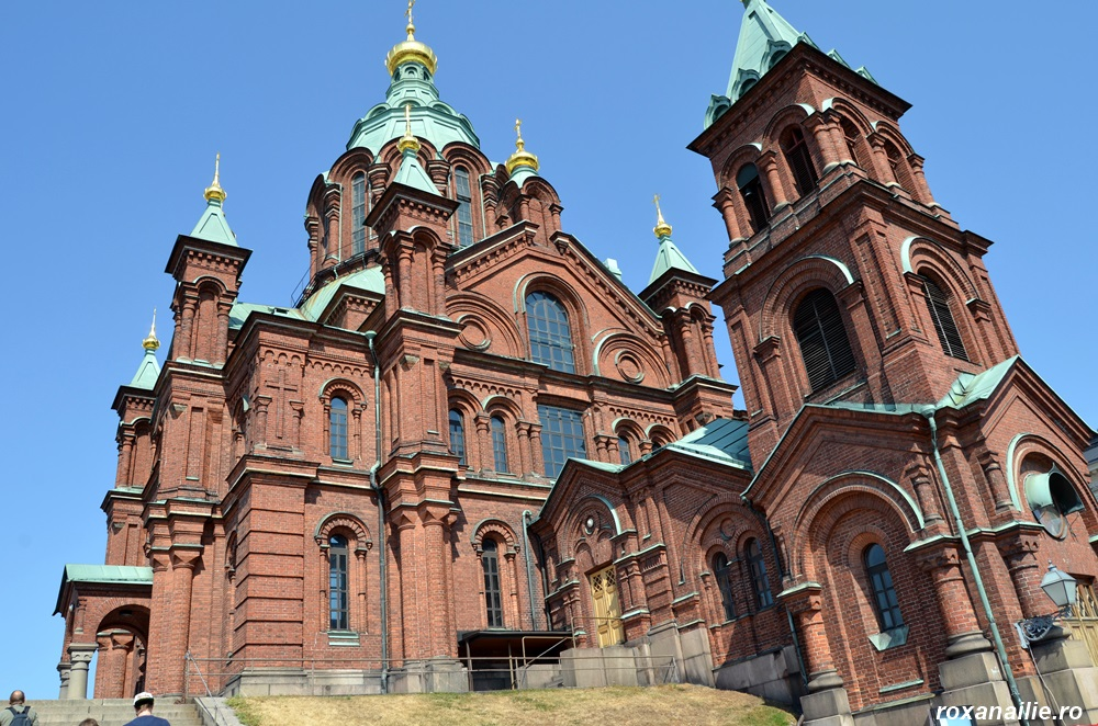 Uspenski Ortodox Cathedral este și ea o remarcabilă replică dată catedralei din Helsinki
