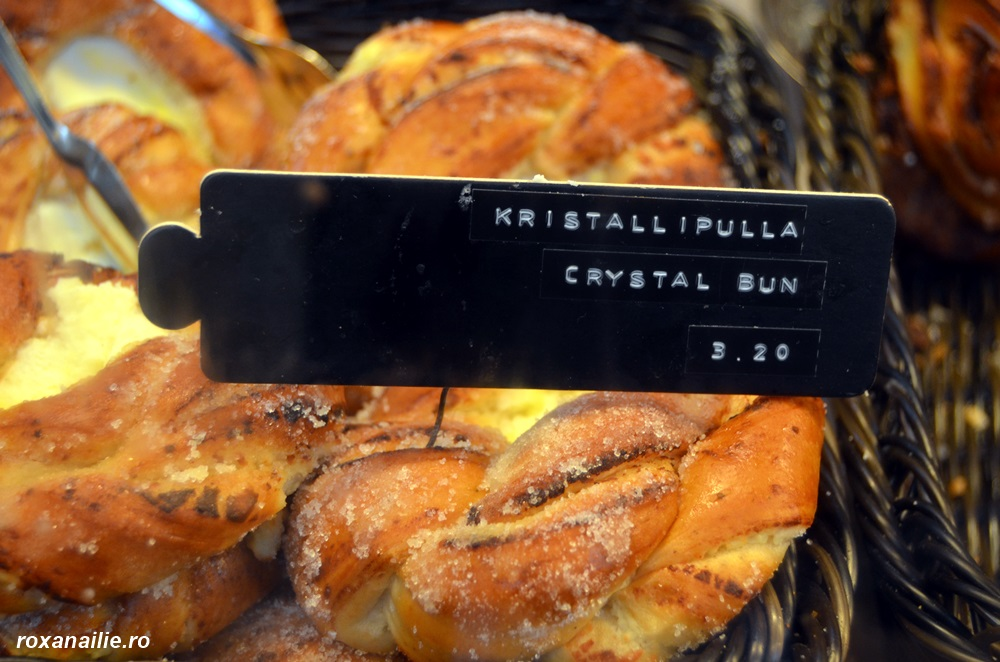 Evident, am gustat și eu deliciul local, Kristall i Pulla. Recunosc, bun :)