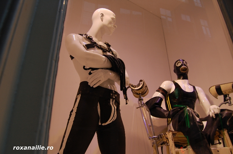 Amsterdam_ the_place_galerie_12.jpg