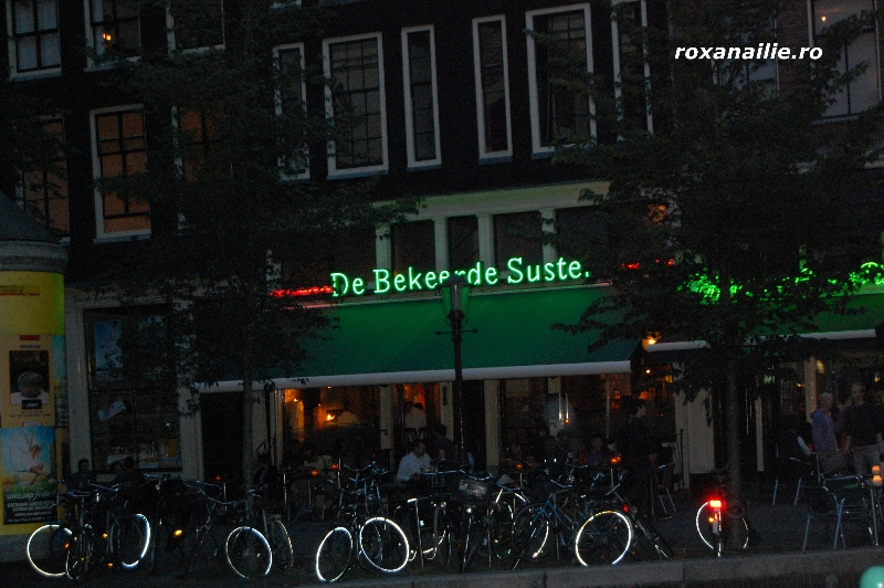 Amsterdam_ the_place_galerie_14.jpg